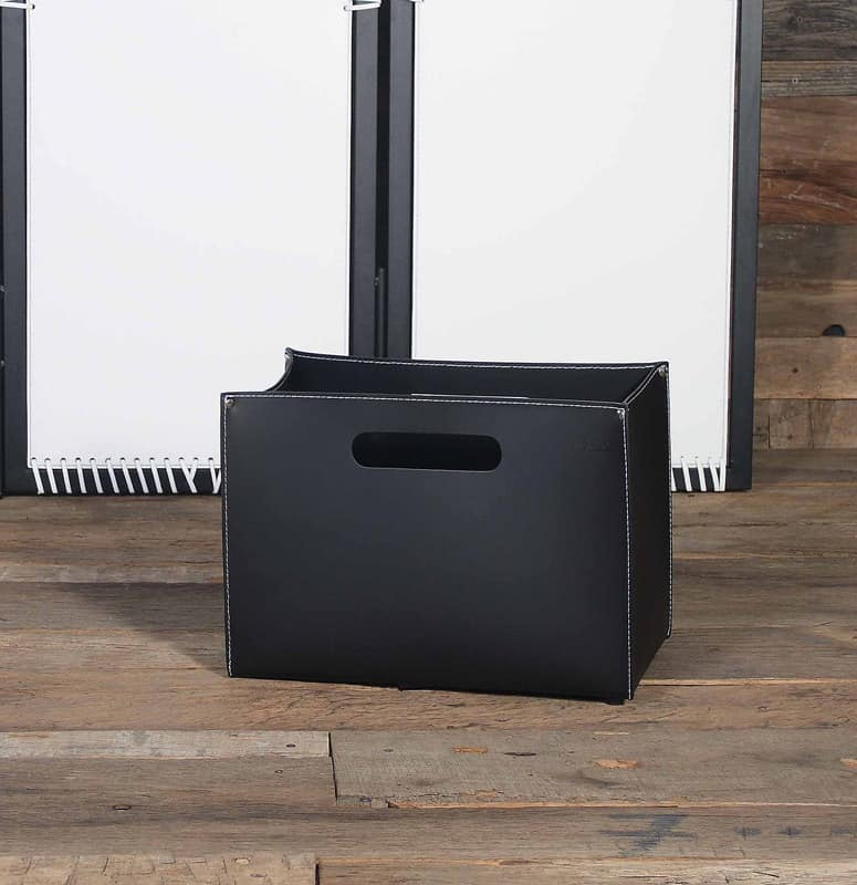 B-01, Magazine rack bag in leather, wooden base with feet