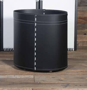 B-24, Cylindrical container for wood, in leather, for fireplace