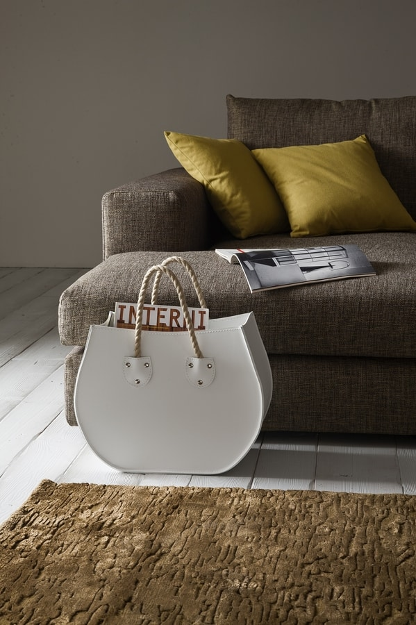 Lira, Magazine rack in hand worked leather, for hairdressers