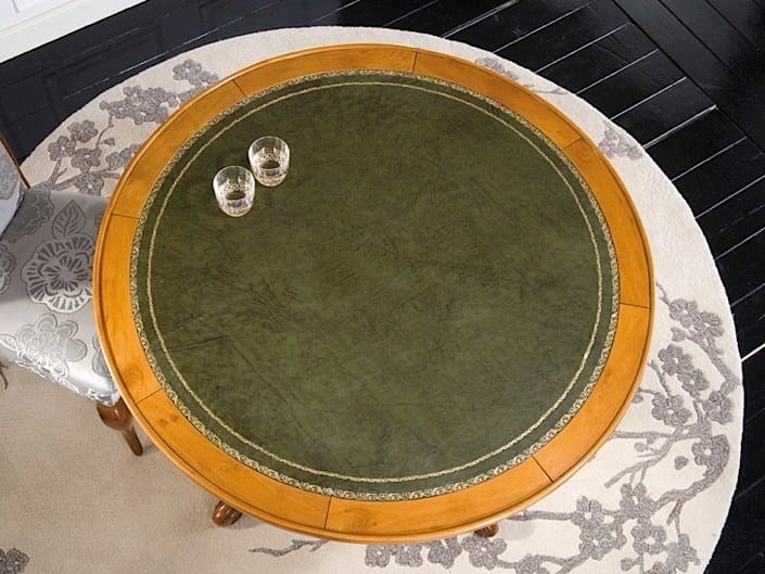 Silvia poker table, Round poker table