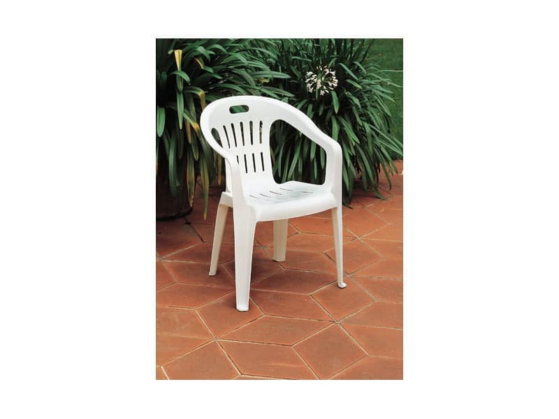 Piona, Stackable chair made of plastic, for gardens