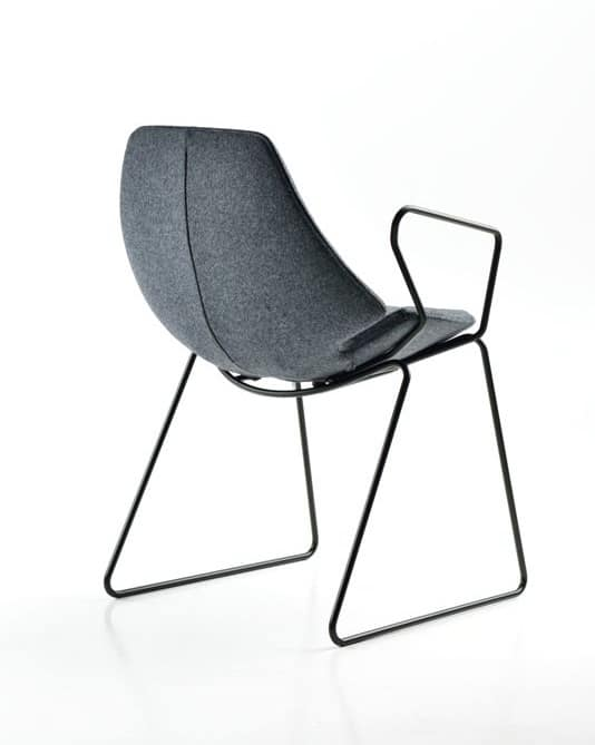 Eon con braccioli, Chair with sled base, padded, for waiting rooms