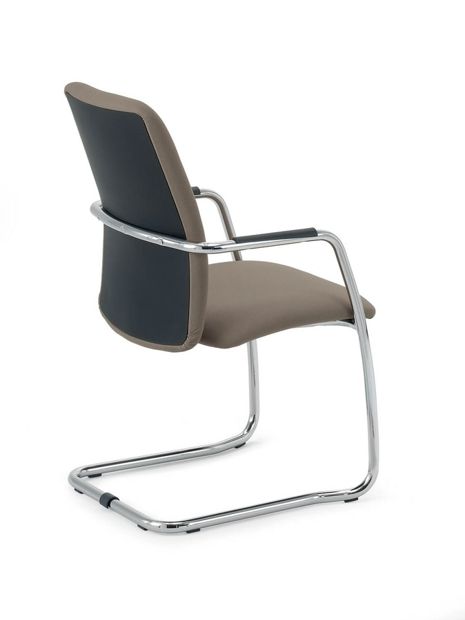 UF 137 S, Chair upholstered with sled, with elegant seams
