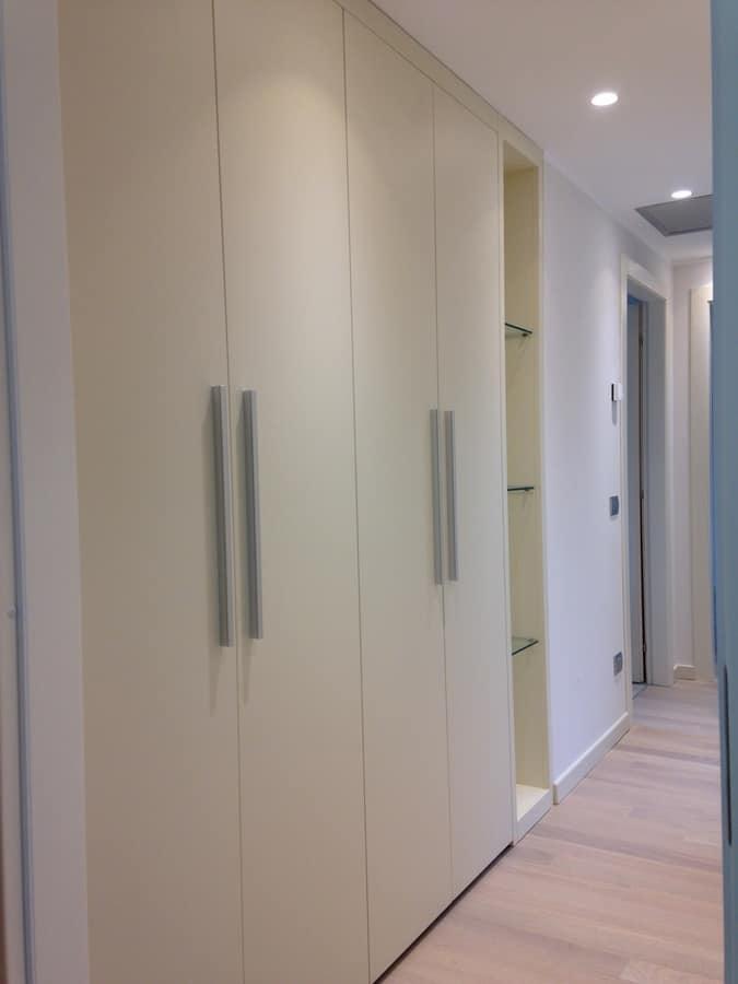 Hallway closet 01, Customizable closet for hallway, with glass shelves