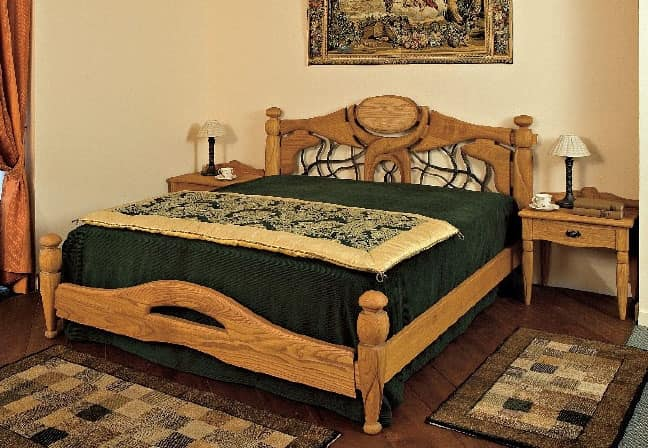 Collezione Castello, Complete furnishing for hotel room, rustic style, wooden massive chestnut