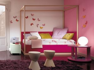 Boxer 4004, Kid bedroom with canopy bed