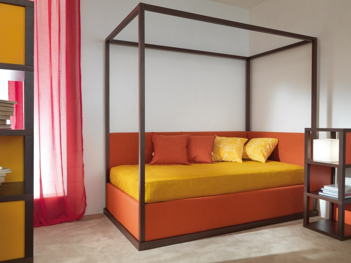 Boxer 9002, Bedroom with second pull-out bed