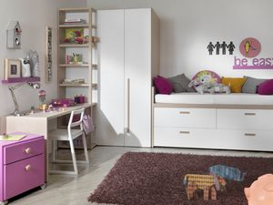 Compact 2012, Kid bedroom with walkin closet