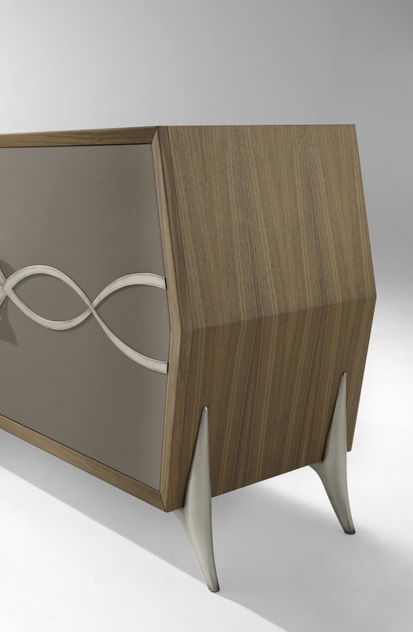 AN 102 B, Sideboard for elegant living rooms