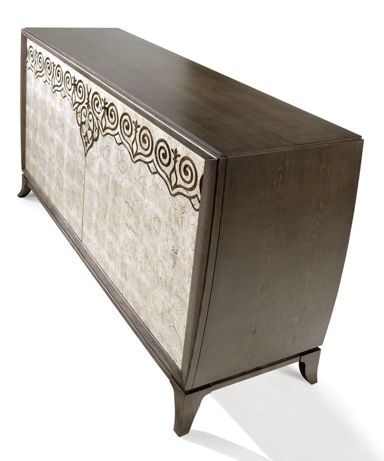 AN 122 PB, Sideboard with old silver finish doors