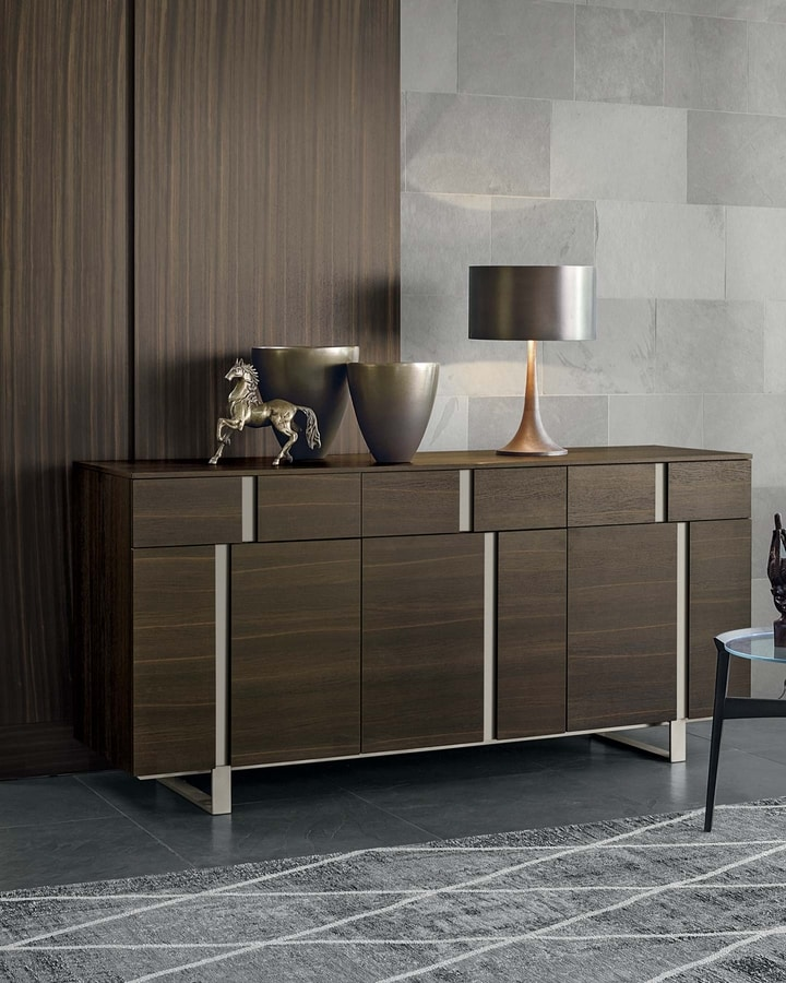 Athena, Sideboard with a geometric design