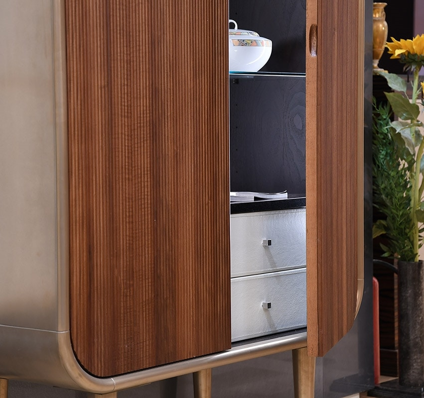 Bent cabinet, Cabinet with drawers and internal shelves