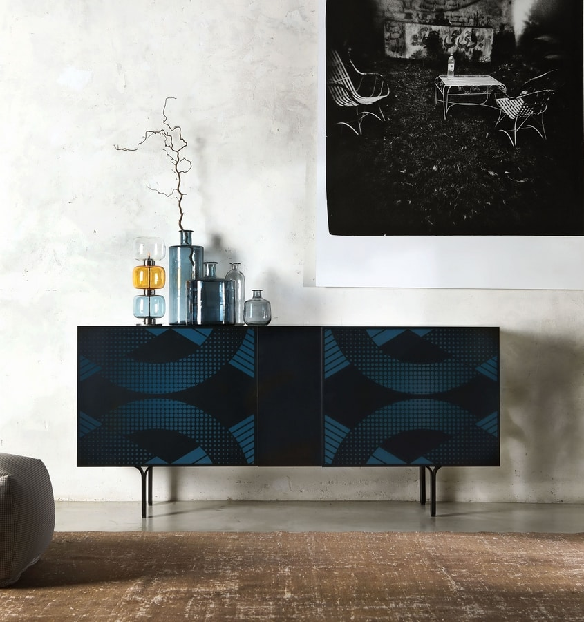 DEPOP, Lacquered sideboard with frosted doors