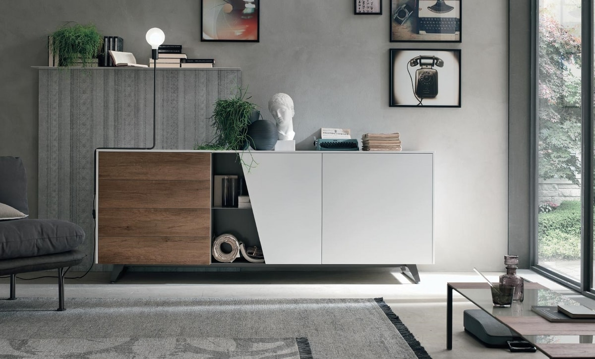 Diagonal, Sideboard with a contemporary design