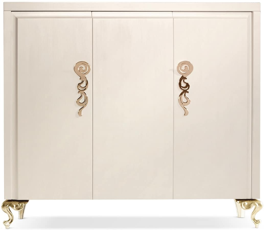George cabinet, Wooden cabinet with three doors