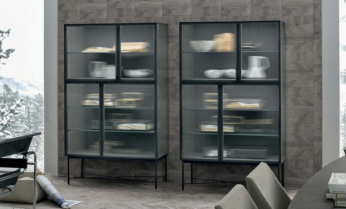 Nina, Sideboard with glass doors