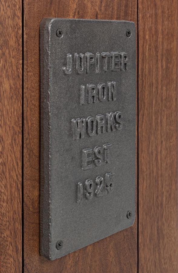 Sideboard 2A-8C Jupiter, Sideboard with a vintage design