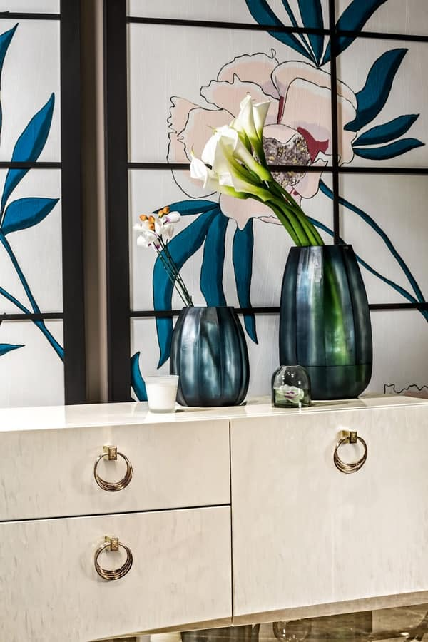 Voyage sideboard, Decorated wooden sideboard