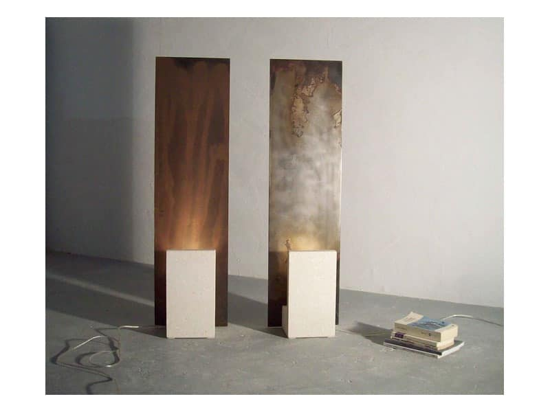 Reflex-Acid, Floor lamp with structure made of stone and iron