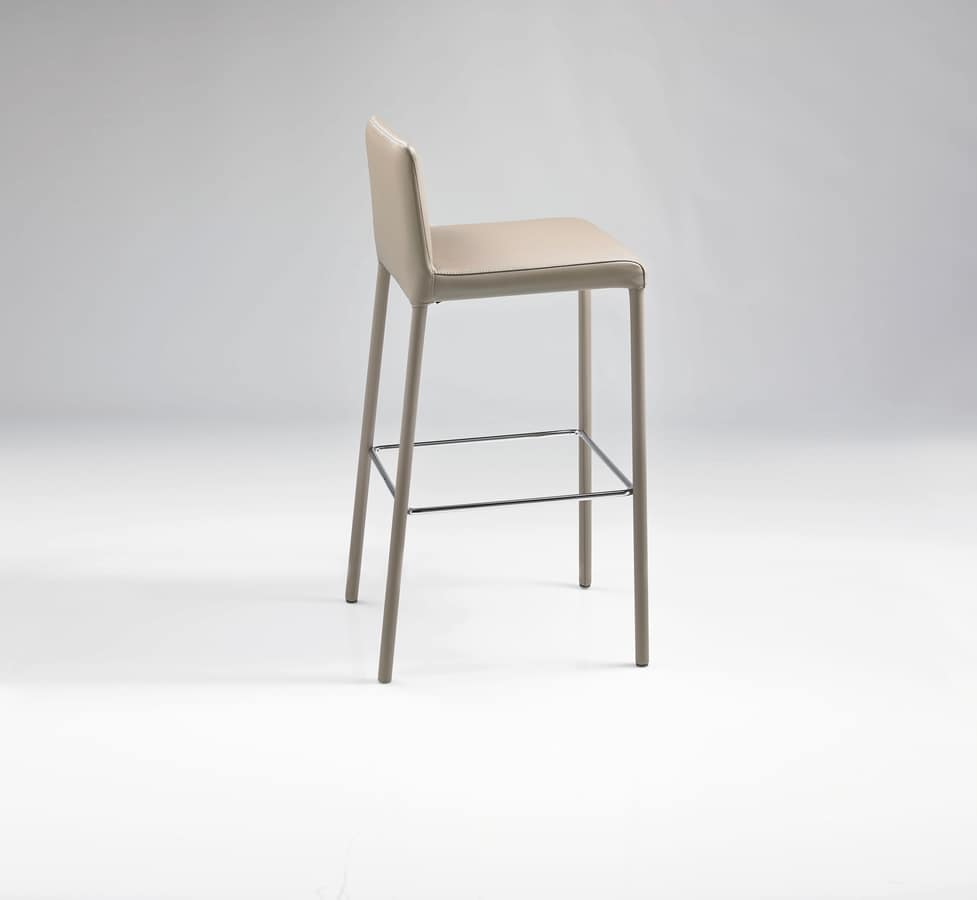 ART. 301/A SARAH STOOL, Stools upholstered in leather, for pubs bars and hotels