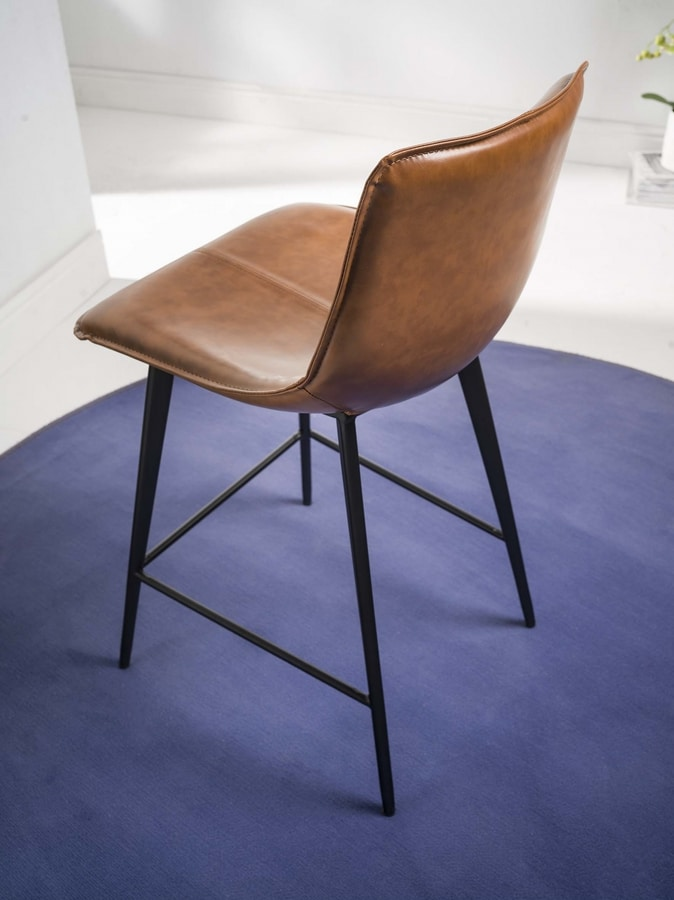Art. 514 Dublin, Old style stool with sled base
