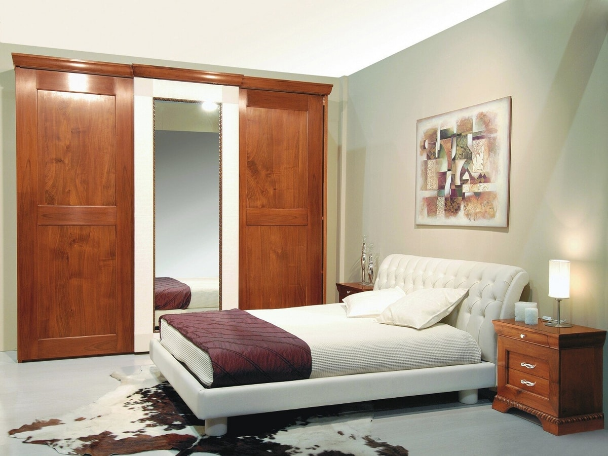 New '800 130/A, Leather bed with capitonné decoration