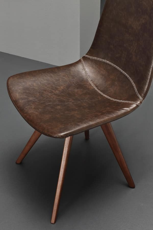 Art. 244 Baseball, Chair upholstered in faux leather, in vintage-style