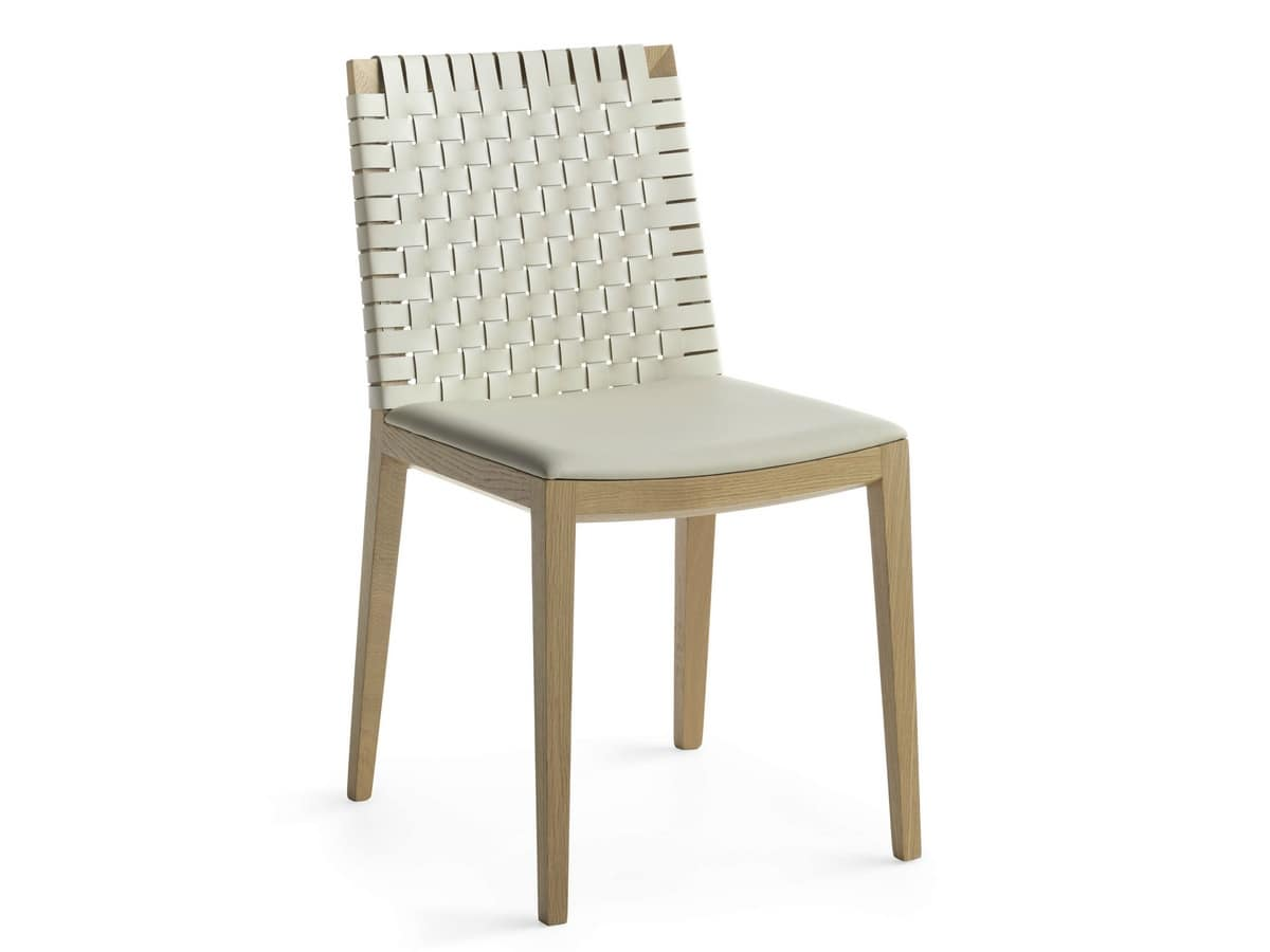 Bianca Light R/WO, Wooden chair covered with skilfully woven leather