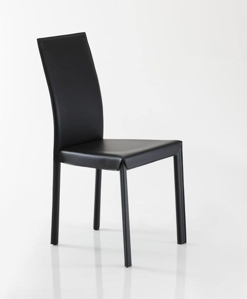 Jacqueline, Chair completely covered in leather, available in various colors from sample