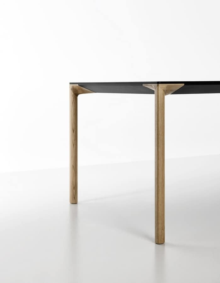 Boiacca Wood, Design table with wooden legs and top in Fenix