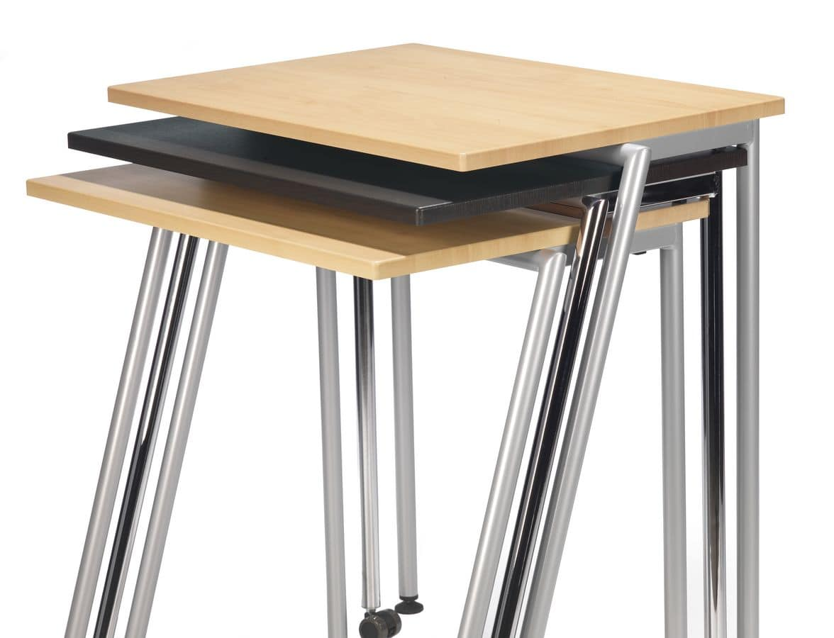 GIKO 750, Simple rectangular little table with metal base