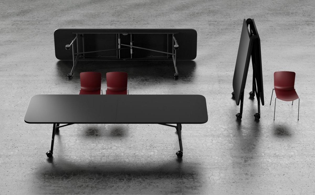 Tam Tam, Space-saving folding table