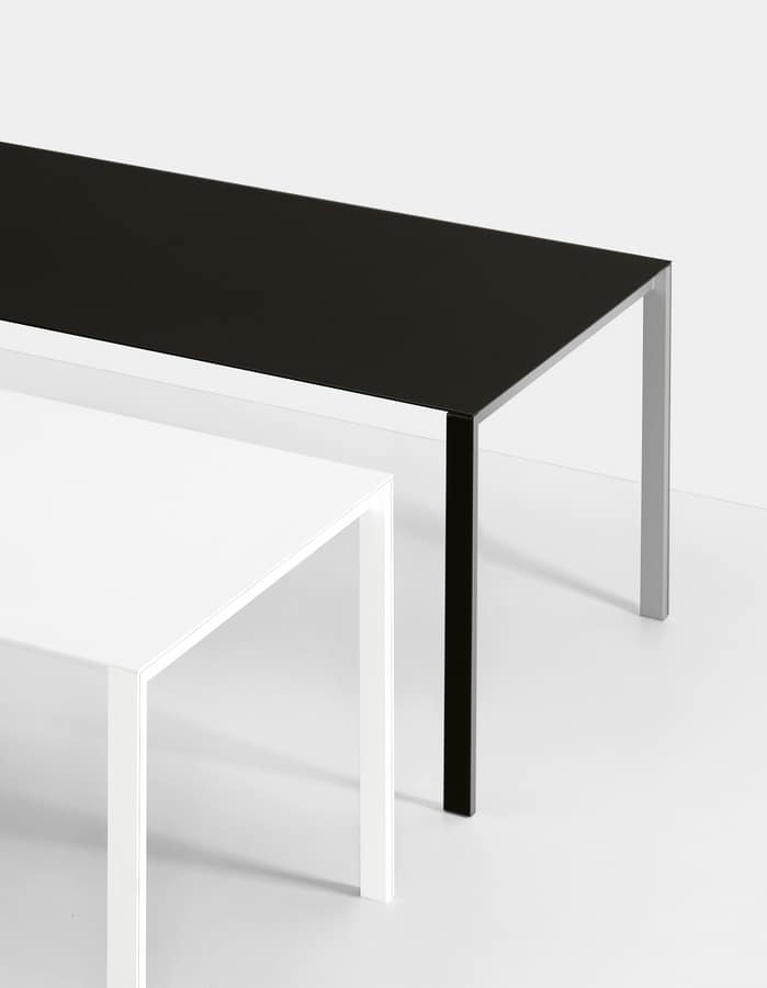 Thin-k, Extendable table with aluminum top and cable hole