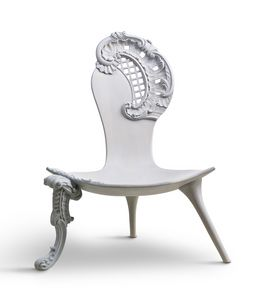 6718 Rococo, Hand carved throne