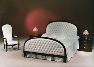2195 BED, Classic English style bed