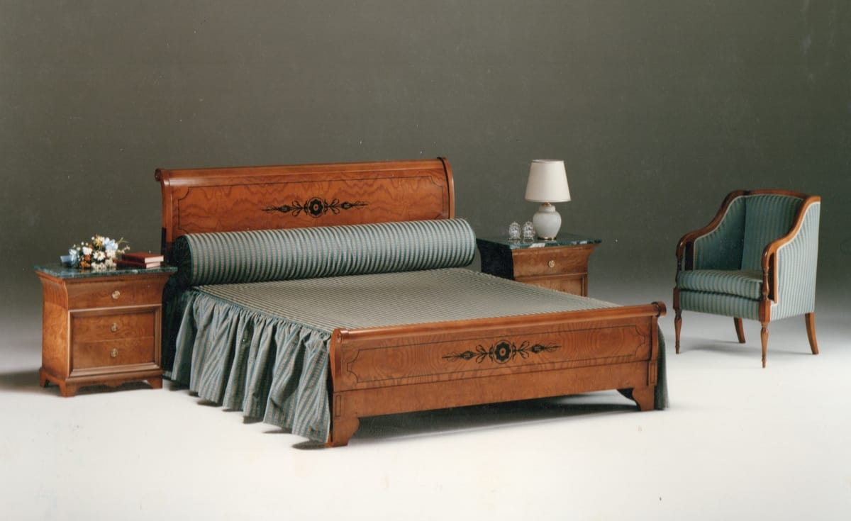 2465 bed, Classic bed in inlaid wood