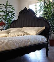Art. 1660 Angelica, Decorated and carved wooden bed, for hotel room