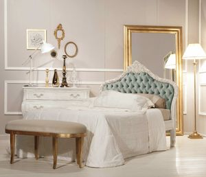 Art. 21612, Classic bed, with antique white finish