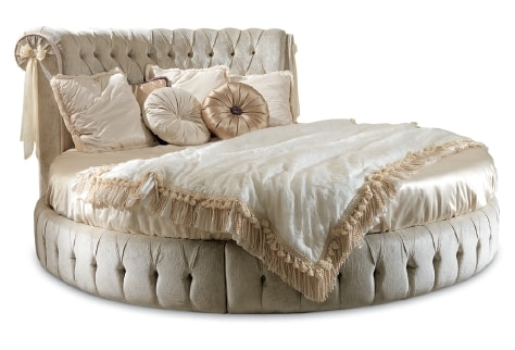 ART. 2493, Round bed with tufted headboard