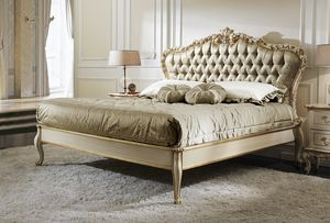 ART. 2878, Classic style bed with gold details