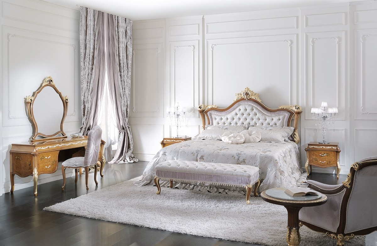 ART. 3050, Classic style bed with decorated headboard