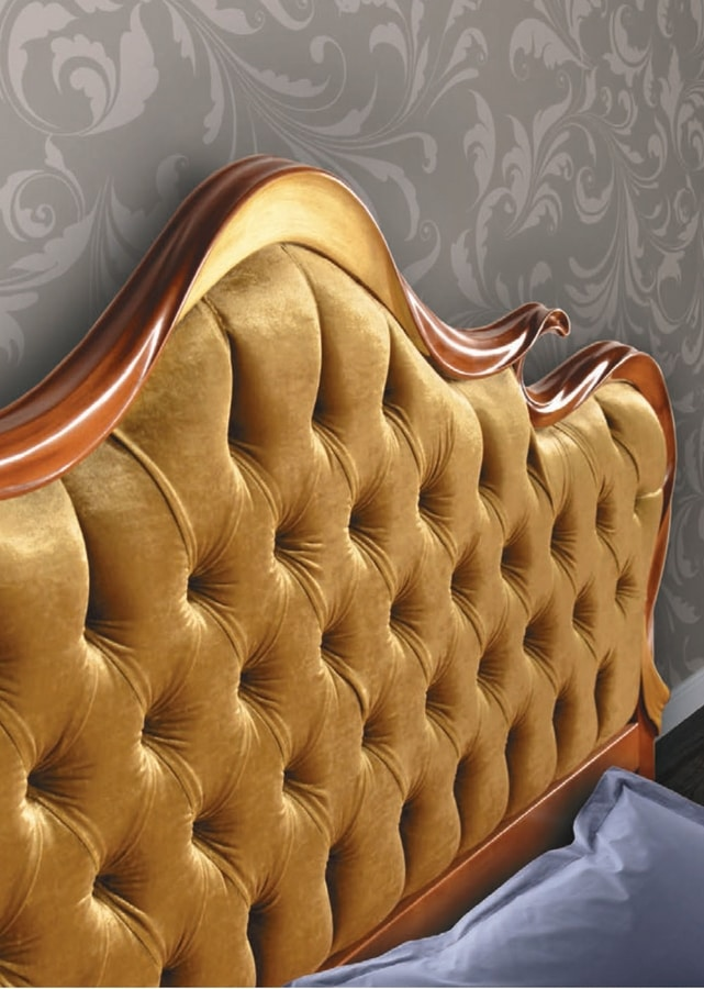 Art. 3104, Bed with tufted headboard