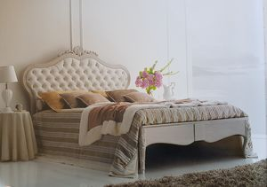 Art. 340L, King size bed, with handmade decorations