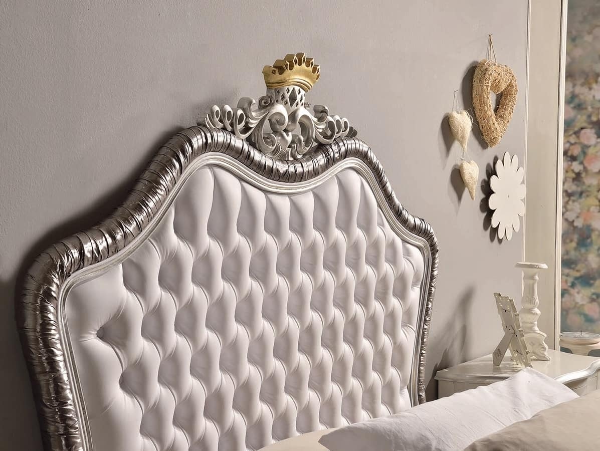 Art. 809, Single bed lacquered with silver leaf finishing