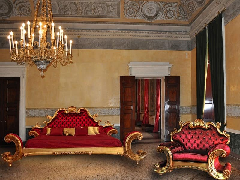 Art. Alexander bed, Hand finished bed, quilted velvet, Luxury room