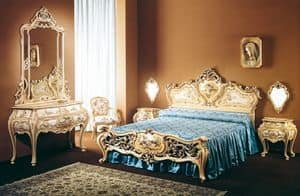 Art. B-245, Luxury classic beds decorated by hand, for Hotel room
