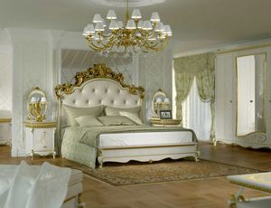 Botticelli bed, Classic style bed, with carved headboard