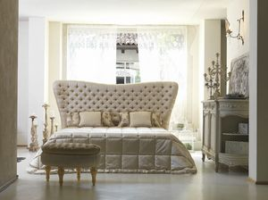 Bramante, Classic bed with capitonn� headboard