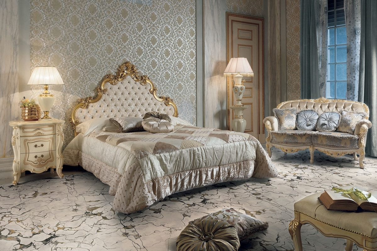 Elisabeth bed, Luxurious bed with carved headboard