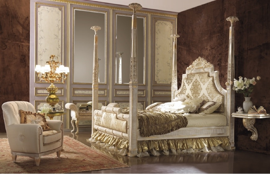 Esimia columns bed, Classic style bed with columns
